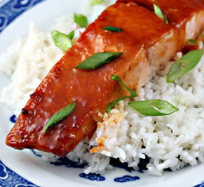 Awesome Cuisine gives you a simple and tasty Salmon with Honey and Sriracha Sauce Recipe. Try this Salmon with Honey and Sriracha Sauce recipe and share your experience. For more recipes, visit our website www.awesomecuisine.com