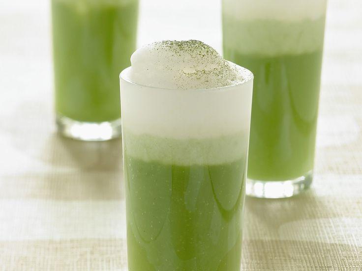 Matcha Latte selber machen | Zeit: 20 Min. | http://eatsmarter.de/rezepte/matcha-latte