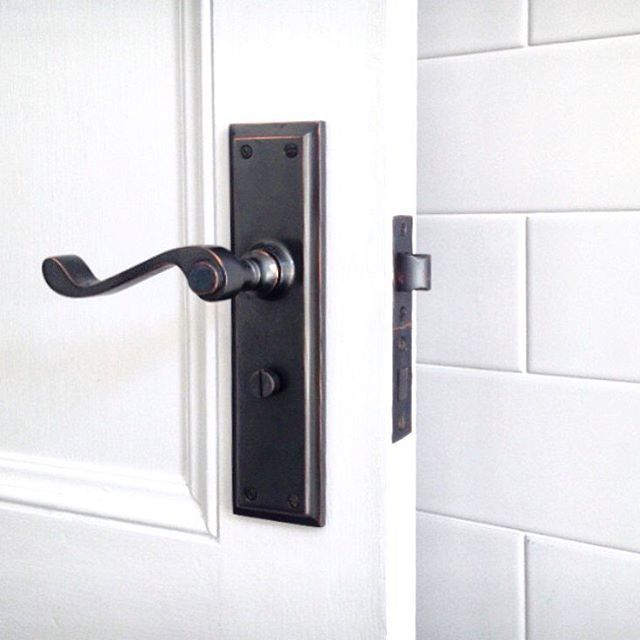 Shout out to @bighouselittlehouse for this shot of our Milton Lever in Antique Copper finish! Even better, they've matched it with a Tradco Antique Copper tube latch and privacy bolt. Tradco's extensive (and growing...) selection of finishes runs right through our range - match your door furniture with your with your locks, hinges, window fittings, light switches and more!~~~~~~~~~~~~~~~~~~~~~~~~~~~~~~~~~~~~~~~~~~ Download our brochure at www.tradco.com.au | Call 08 8362 1133 or email…