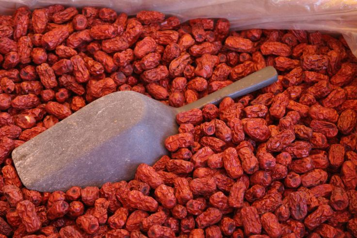 Red dates, or jujube, are one of the most popular health foods in China. Dried dates are soft on the outside with a sweet smell and moist inside. Chinese people treat red dates not only as a food, but also…