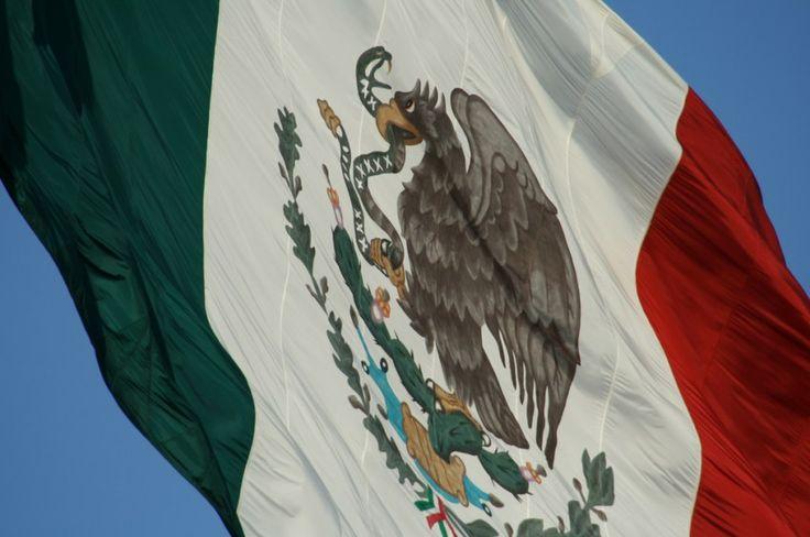 bandera de mexico actual