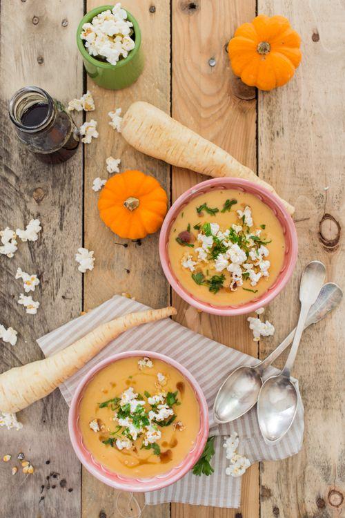 Vu le temps qu'il fait en ce moment, on a rien contre une bonne soupe! Eh oui, tous les moyens sont bons pour se réchauffer, et une bonne soupe c'est l'idéal. Enfin le plus idéal c'est d'avoir une...