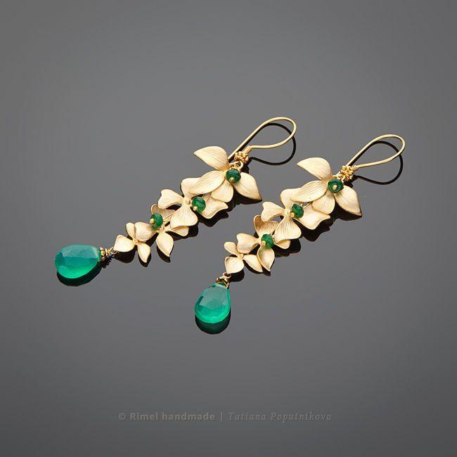 Купить «Изумрудные гирлянды» серьги с хризопразом позолоченные - золотые серьги, серьги из хризопраза, хризопраз украшения