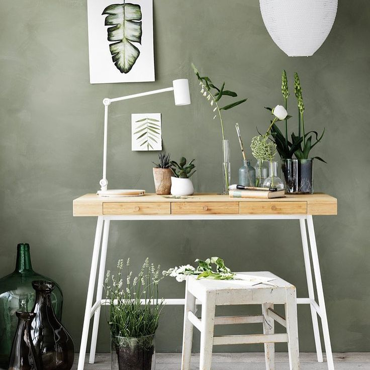 "3,103 Likes, 56 Comments - IKEA Nederland (@ikeanederland) on Instagram: ""Van #bureau naar side table.  #LILLÅSEN #SOLLEFTEÅ #hanglamp #RIGGAD #bureaulamp #CYLINDER #vaas…"""