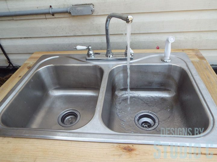 I Have Wanted An Outdoor Sink Forever And Finally Got Around To Building One I Used Pressure Treated Lu In 2020 Outdoor Kitchen Sink Outdoor Sinks Outdoor Garden Sink