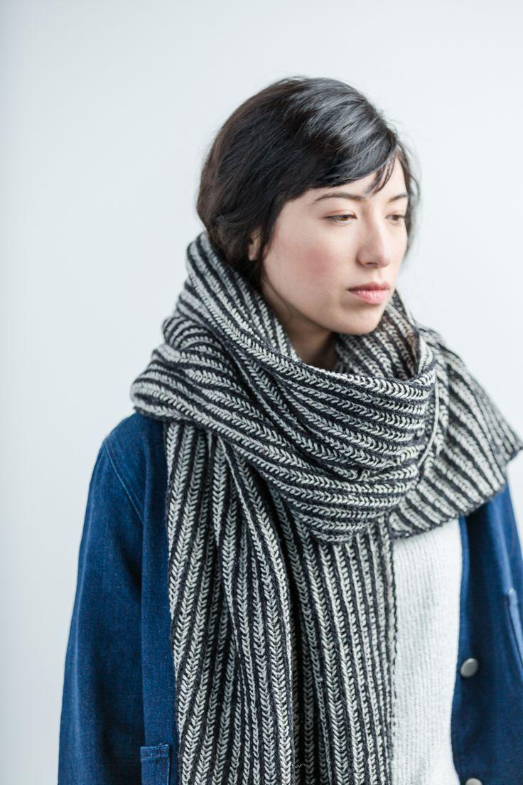 Crosshatch - Brooklyn Tweed l two colour brioche scarf