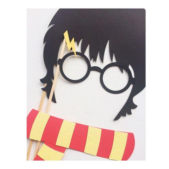 Fiesta de cumpleaños de Harry Potter; Harry Potter inspirado Photo Booth Props; Decoraciones fiesta de asistente; Bufanda de Griffindor; Hogwarts