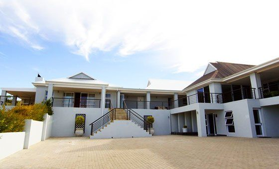 Monte Video Guesthouse Vouchers   Accommodation   Cape Town   Daddy's Deals
