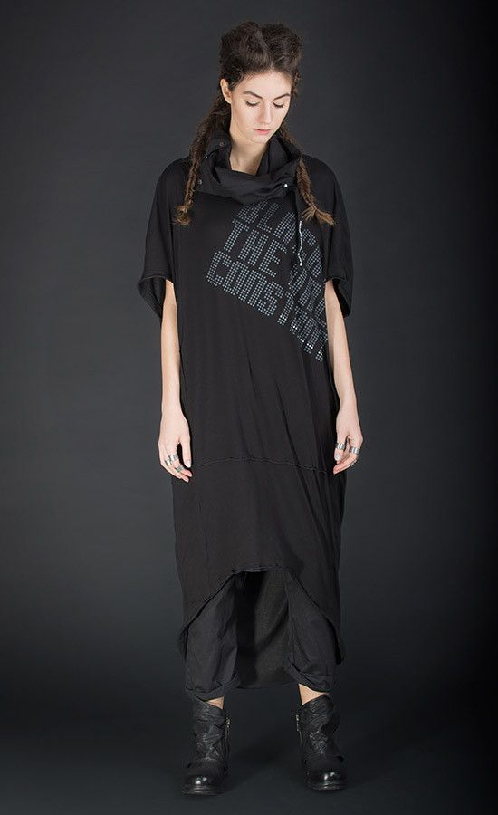 PRINTESS - Oversized black tunic | Studio B3 |