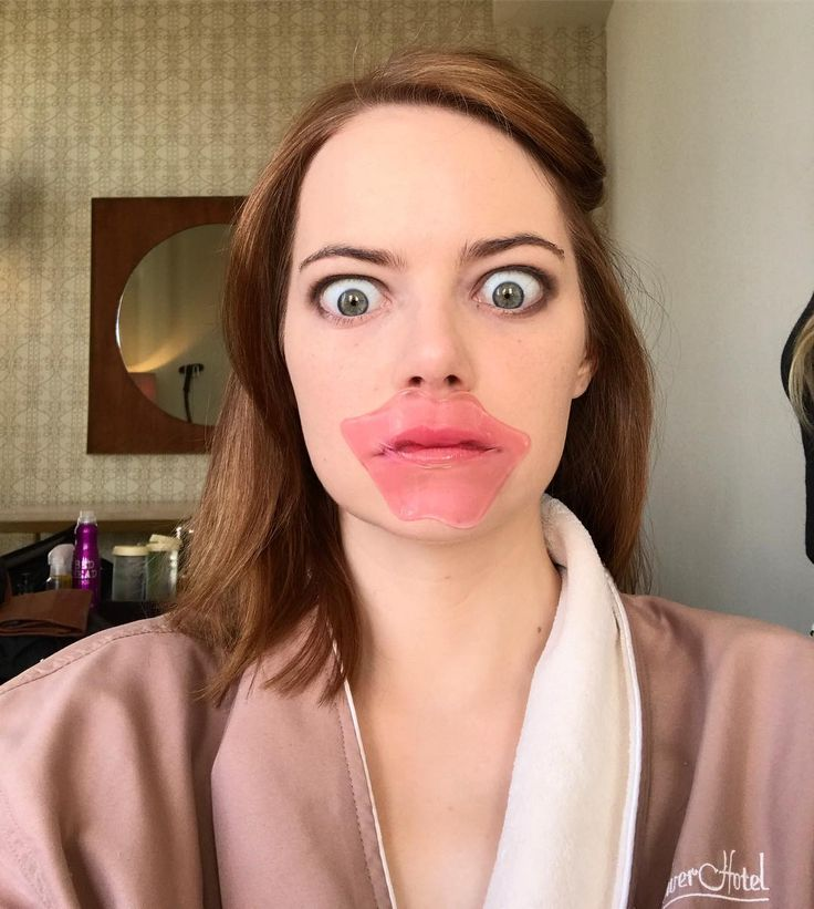 Thanks to Emma Stone's Golden Globes beauty prep, collagen lip masks are all the rage. Searches for collagen lip masks are +388% YoY.