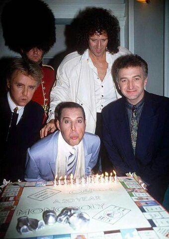 Unas de las ultimas fotos de fiesta con Freddie Presente. Ya esta muy mal visto.
