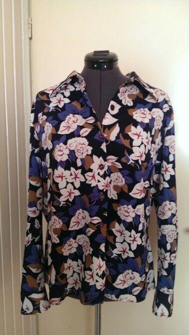 Bloemen blouse uit de sixties