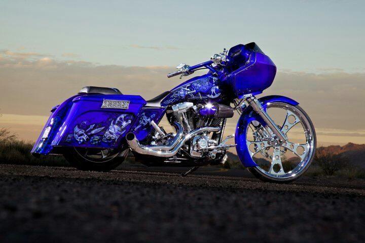 Custom Harley Davidson Road Glide - repined by http://www.vikingbags.com/