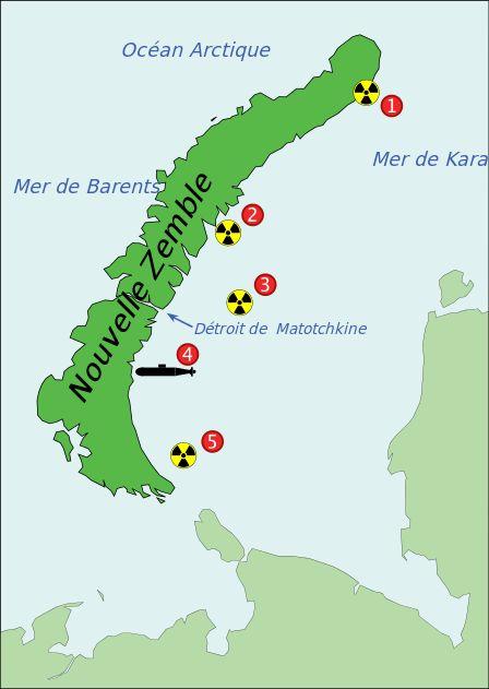 La Nouvelle-Zemble dans l'océan arctique est une des zones où étaient envoyés par le fond les déchets nucléaires de l'ère soviétique : 1 : 2 réacteurs nucléaires 2 : 2 réacteurs nucléaires et 60 % du combustible nucléaire du brise-glace Lénine en conteneurs 3 : 16 réacteurs nucléaires et 11 000 conteneurs de déchets radioactifs 4 : Le sous-marin K-27 avec ses deux réacteurs 5 : 6 réacteurs nucléaires