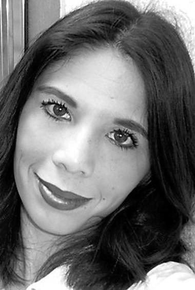 Jennifer Garrett - author of 'Move the Ball'