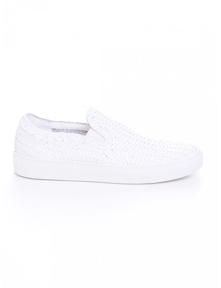 SNEAKERS GOAT BIANCO - Caneppele #Caneppele #trento #sneakers #whitesneakers #ss2016 #lautrechose #goat #slipon #italy