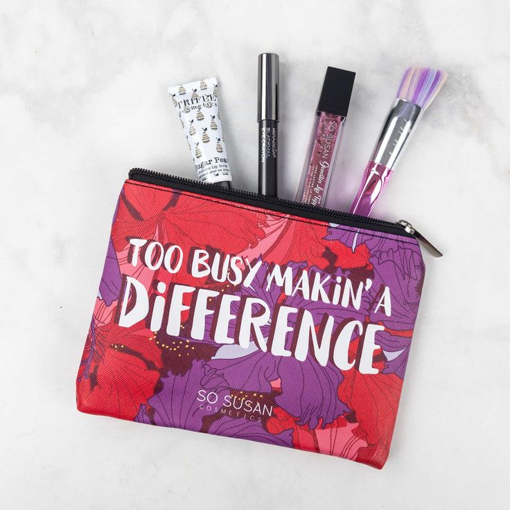 So Susanis a monthly makeup subscription ag from the UK that delivers an adorable bag stuffed with goodies from So Susan and their related makeup lines (Jelly Pong Pong, Trifle, etc). They also have the cutest packaging!  This bag features four products, one of which is considered a bonus. So...  So Susan Lip Love Bag September 2017 Review & Coupon →  https://hellosubscription.com/2017/09/susan-lip-love-bag-september-2017-review-coupon/ #SoSusan #SoSusanLipLove  #su