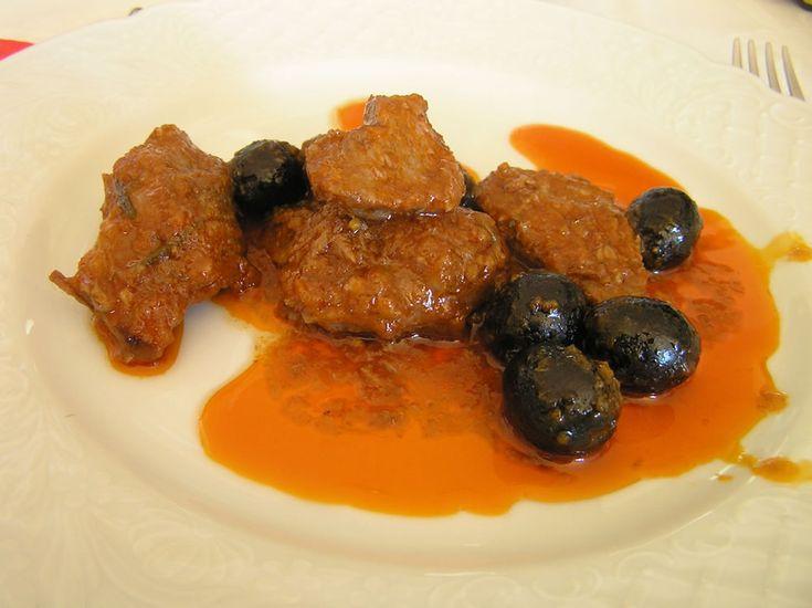 Cinghiale alle olive moraiole