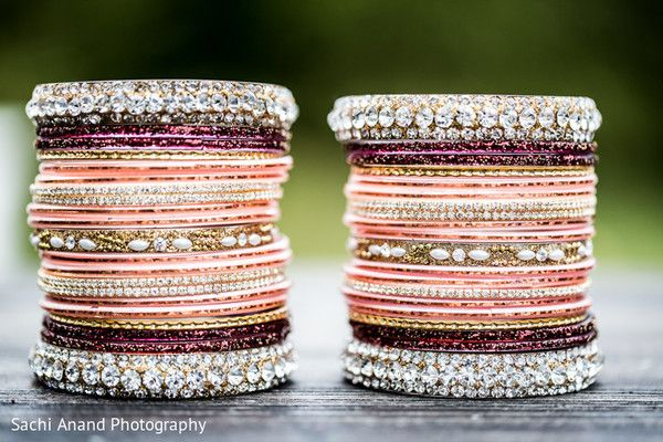 Bangles http://www.maharaniweddings.com/gallery/photo/35079