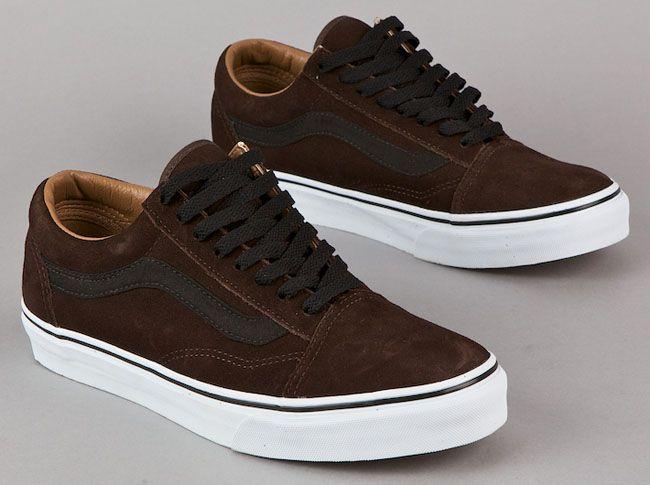 vans authentic black gum sole > OFF70% Discounts