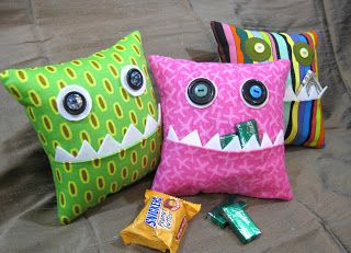 Leslie's Art and Sew: Hungry, Hungry Monster