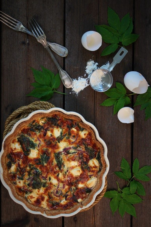 made from scratch - Ground elder tart with feta cheese