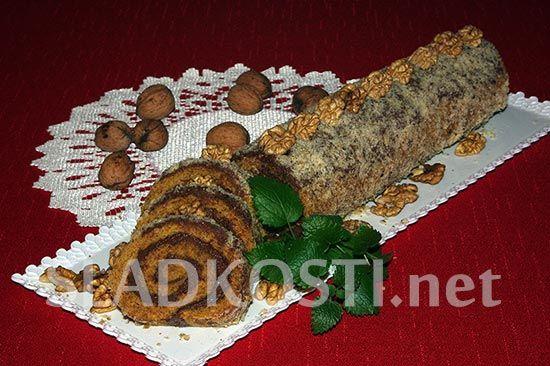 Ořechová roláda s Nutellou