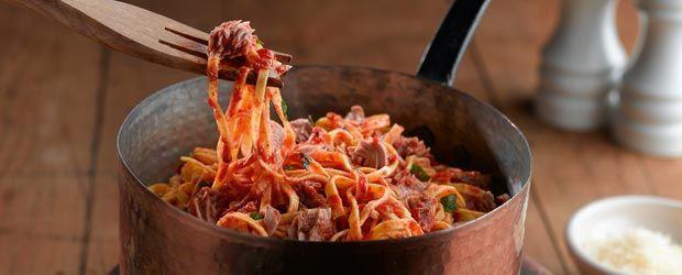 Spicy Tomato & Tuna Linguine