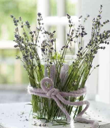 58 best photophores et bougeoirs images on pinterest - Vase pas cher pour centre de table ...