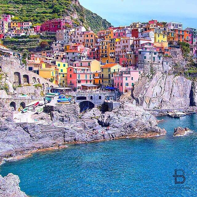 Manarola, Italy By: @ordinarytraveler Share your colorful photos and include #colormesummer for a chance to be featured by @beautifuldestinations, @izkiz, or @deluxefx!