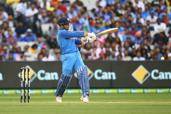 Sehwag Laxman Take Dhoni S Helicopter Shot Challenge Here S How They Fared Video International Business Times India Edit Sachin Tendulkar Sports Challenges