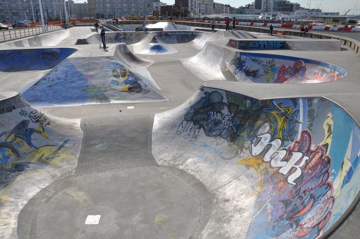 Description Skatepark in Le Havre (2).JPG
