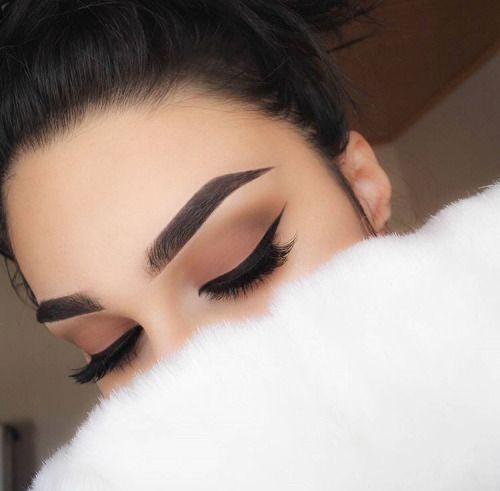 Imagem de makeup, eyebrows, and beauty