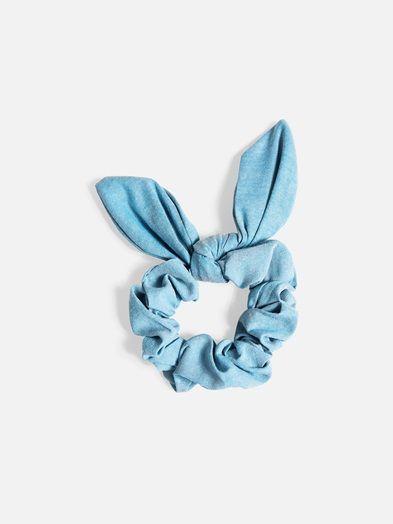 Chunky fabric hair elastic with a knot.  Sininen