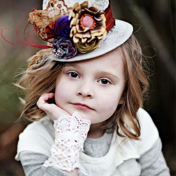 A great contest! Love Lisa's accessories and her new clothing line for tweens! http://lisasminimadhattery.com/blog/?p=338