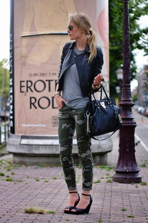 great fall transitional outfit with camo skinnies, leather and a perfectly drapey tshirt