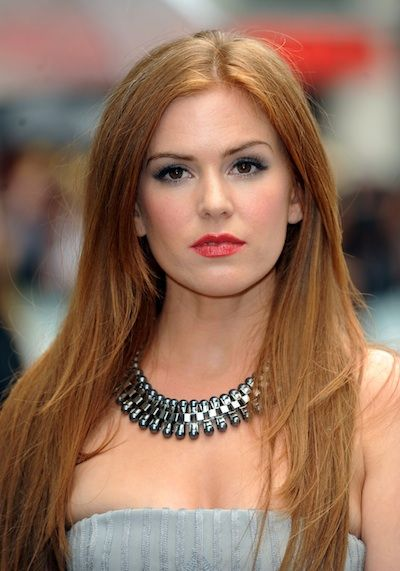 Isla Fisher. Love the hair. Color, cut, just everything about it!