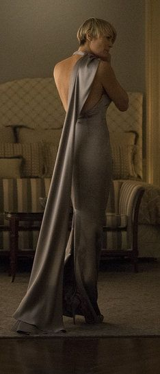 Robin Wright in House of Cards Season 3 | Claire Underwood Style, she's incredible, really gorgeous!