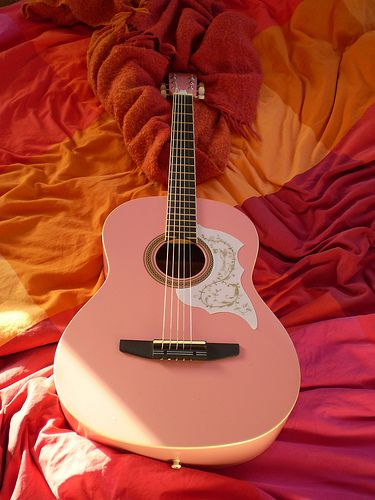 This is what I bought with my first paycheck. It's a steel string Johnson guitar.   Guitarra| Pentatonica| Guitarrista