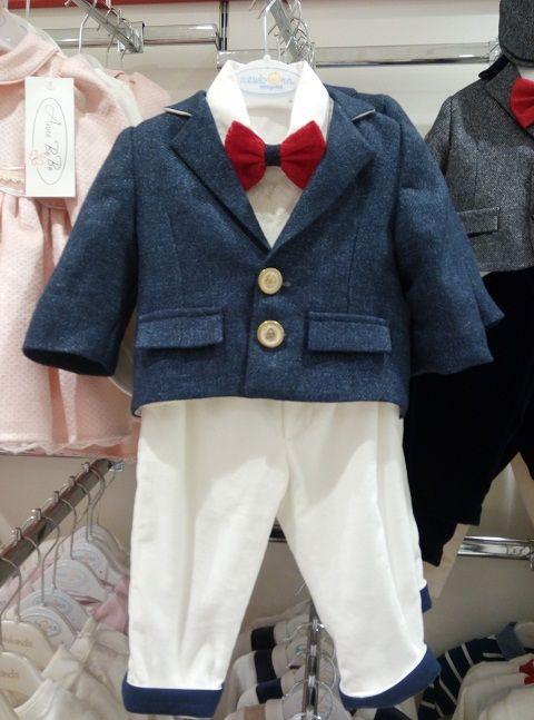 Cine a spus că hainele de băieți nu sunt frumoase, sigur nu a văzut acest outfit