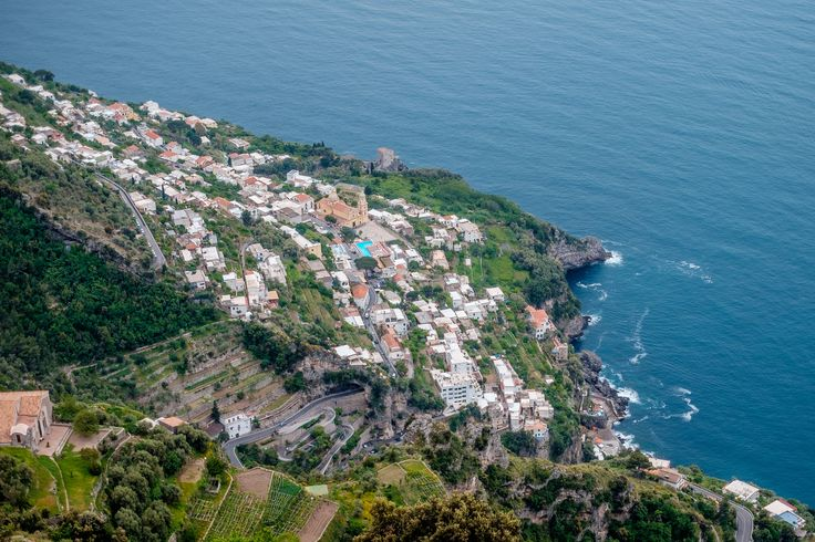 The sea from the Path of the Gods. #amalficoast #pathofthegods #amalfi #positano #nocelle #agerola #panorama #picoftheday #view #landscape #sea #sun #trekking #path #stunningview #amazing #beautiful #nature #naturalpath #italy #southofitaly #visitamalficoast #visitsalerno #salerno #livesalerno #sentierodeglidei #pathofgods