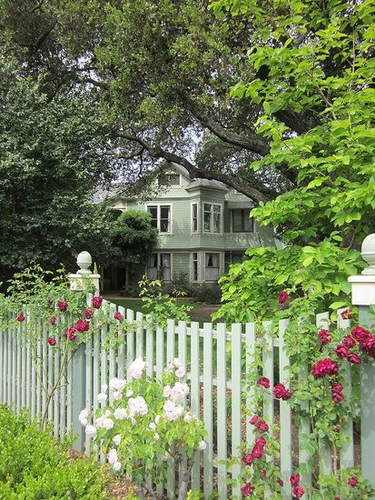 Image detail for -Tagged with: Victorian house , picket fence , tender roses ...