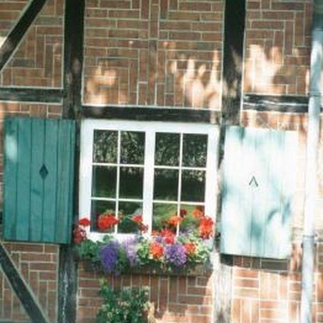 128 Best No Hole In Vinyl Siding Window Flower Boxes