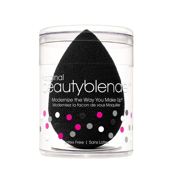 Beautyblender Pro Beauty Blender is a revolutionary, edgeless, black makeup sponge, designed for the application of dark-coloured makeup products and tan.