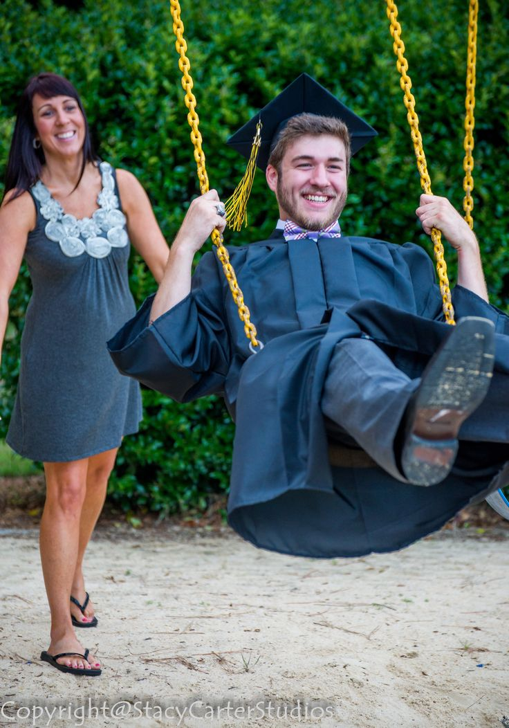 Senior Cap and Gown I love this photo because mom is pushing her baby boy on the swing one last time! Always brings tears to my eyes....