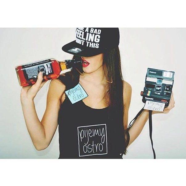Modelka #pijemyostro  Sesja zdjęciowa Jack Daniel's Pijemy ostro
