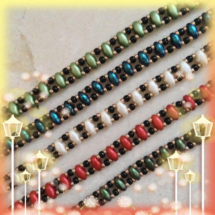 JoMy Creations: Leuk voor de kerst!!!  Verschillende smalle armbandjes in verschillende kleuren. Gemaakt met Superduo's en Rocailles.
