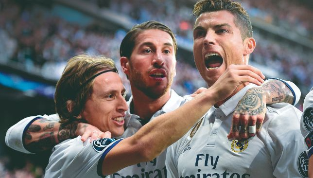 لاعب ريال مدريد السابق اعتقدت أنني محترف لكن رونالدو وراموس من كوكب آخر سبورت 360 كشف النجم الألماني سامي خضيرة In 2021 Ronaldo Ronaldo Hat Trick Cristiano Ronaldo