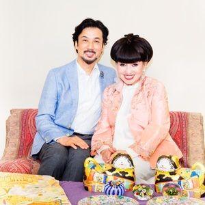 黒柳徹子とデザイナー 田川啓二が世界中で収集したコレクションを日本橋高島屋で公開