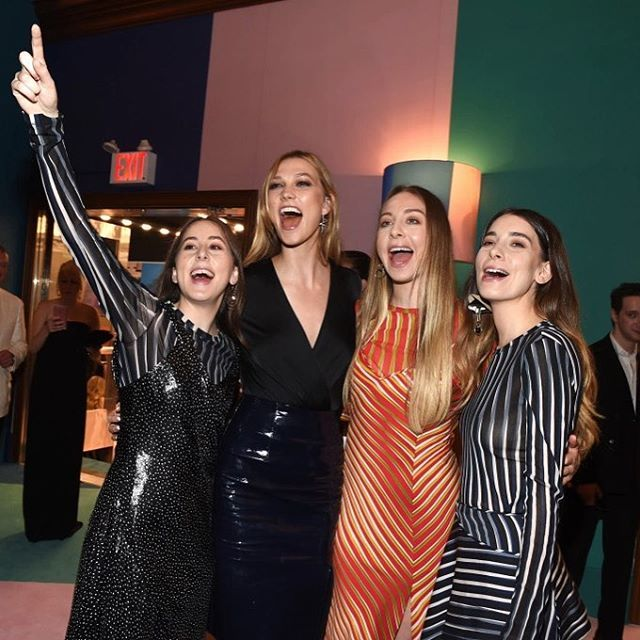 Karlie Kloss and the Haim sisters are ready for the big show. @cfda #cfdaawards #wwdfashion #wwdeye : @clint_spaulding  via WOMEN'S WEAR DAILY MAGAZINE OFFICIAL INSTAGRAM - Celebrity  Fashion  Haute Couture  Advertising  Culture  Beauty  Editorial Photography  Magazine Covers  Supermodels  Runway Models